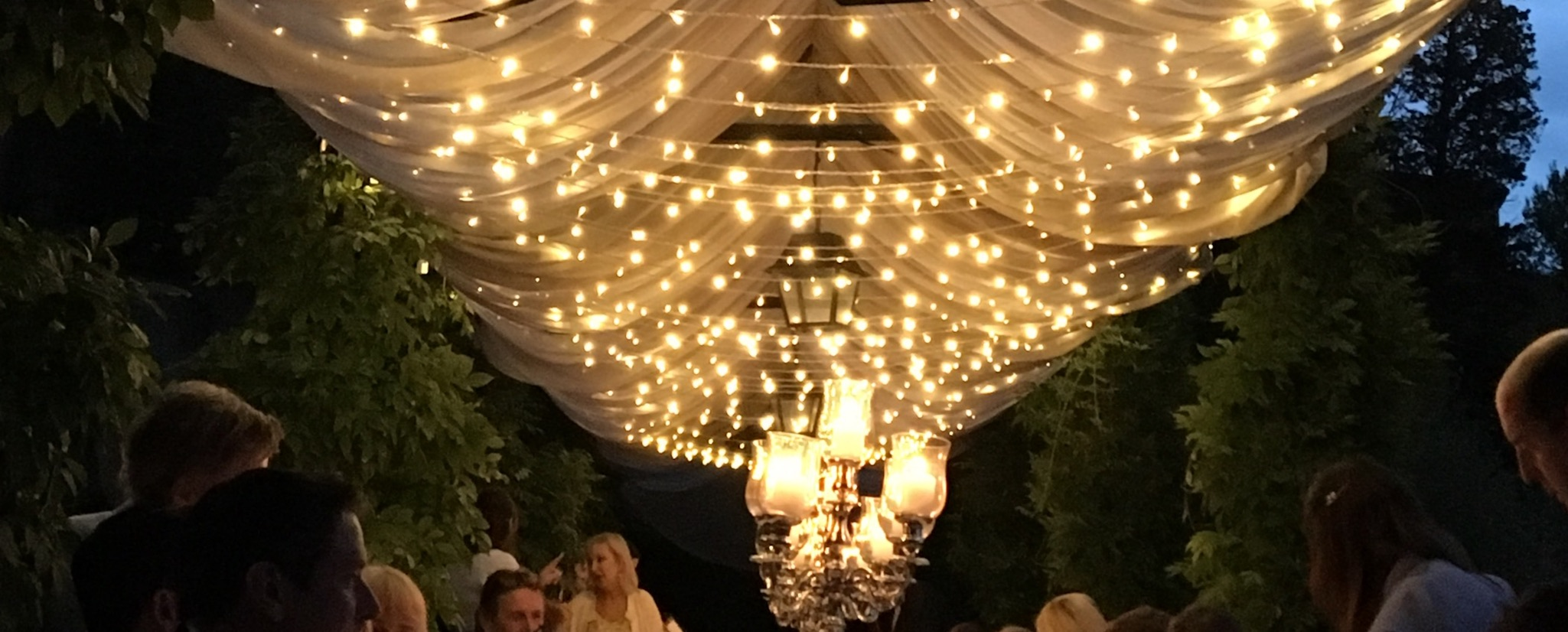 Light enhancement with Fairylights for a destination wedding in Tuscany