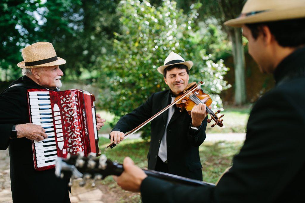 Folk italian trio